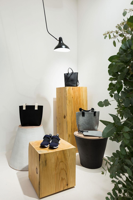 Islada - Flagship Store Loreak